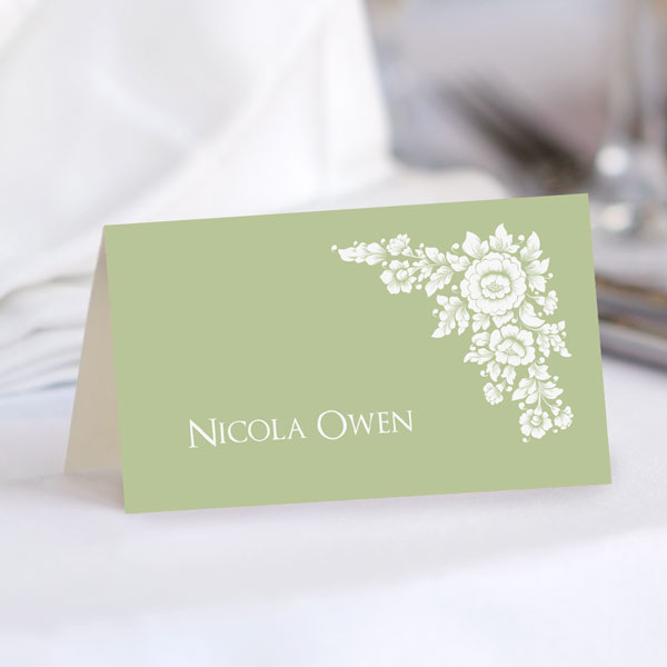 How Do You Make a Wedding Seating Card? - Flower Bouquet Place Card